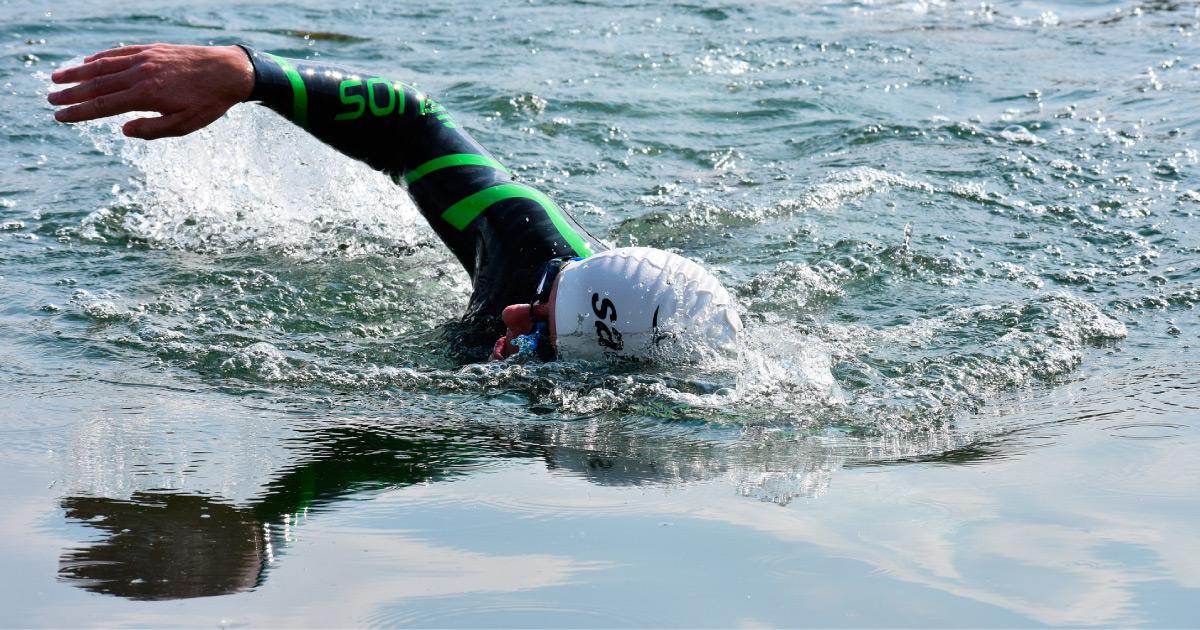 Open water swim. Image source: https://pixabay.com/photos/neoprene-swim-open-water-water-4866730/