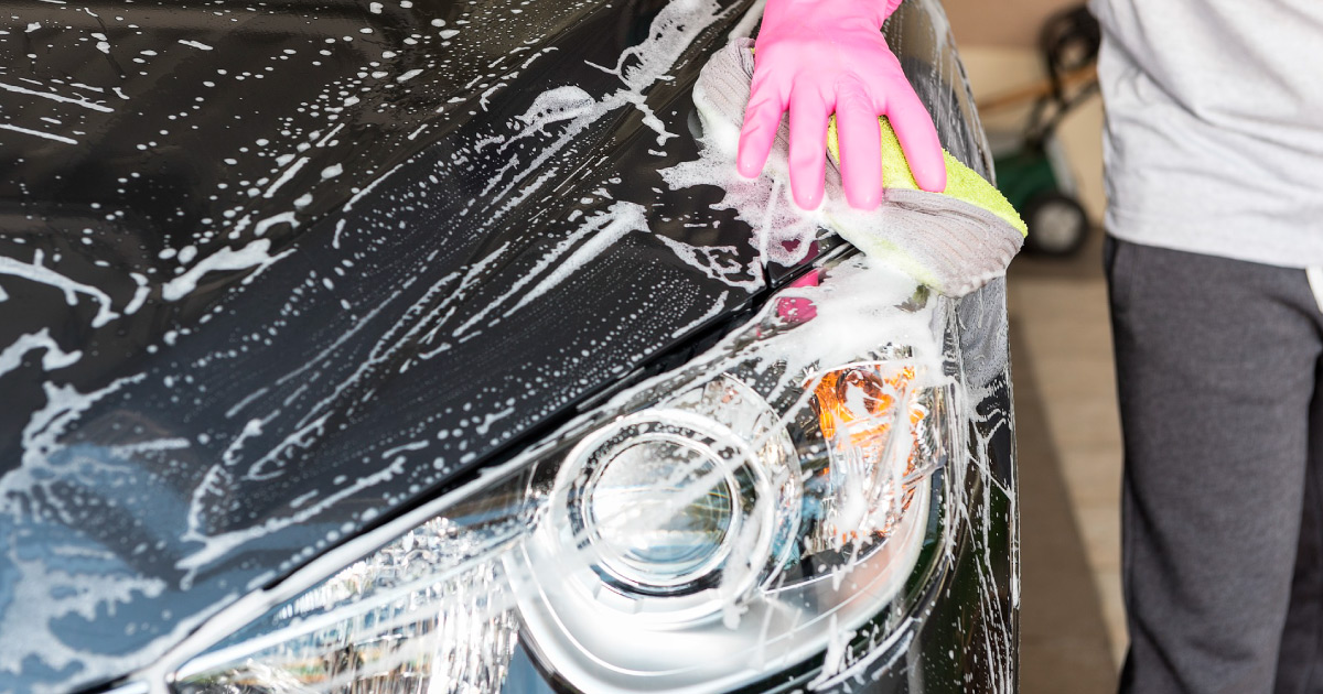 Hand wash car. Image source: https://pixabay.com/photos/wash-a-car-the-car-blue-1822415/