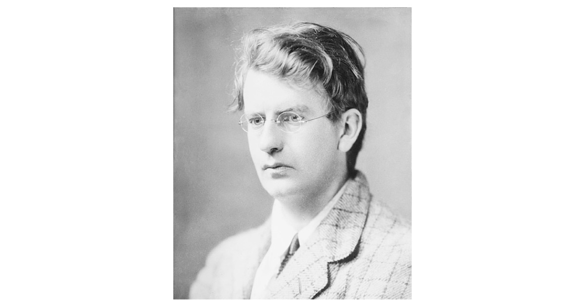 John Logie Baird photographed in 1917. Image source: https://upload.wikimedia.org/wikipedia/commons/8/80/John_Logie_Baird_in_1917.jpg Unknown author, Public Domain. From the George Grantham Bain Collection, Library of Congress.