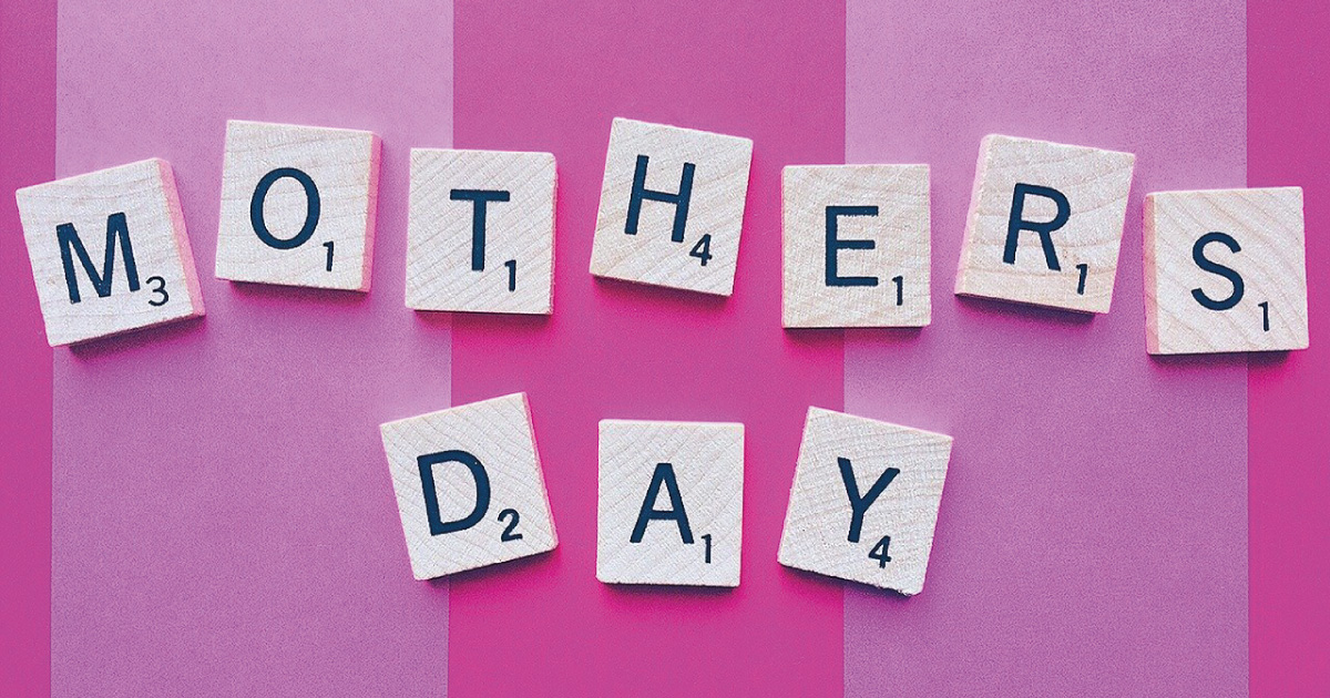Mothers Day. Source: https://pixabay.com/photos/mother-s-day-mom-mother-motherhood-1372466/