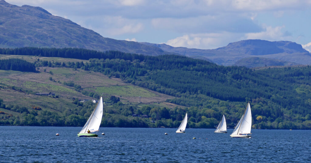 Boats sailing on the Gare Loch