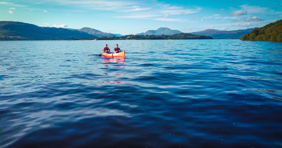 Canoe on Loch Lomond Image source Unsplash, Johnny Briggs https://unsplash.com/photos/kJ-s5ouwTvI