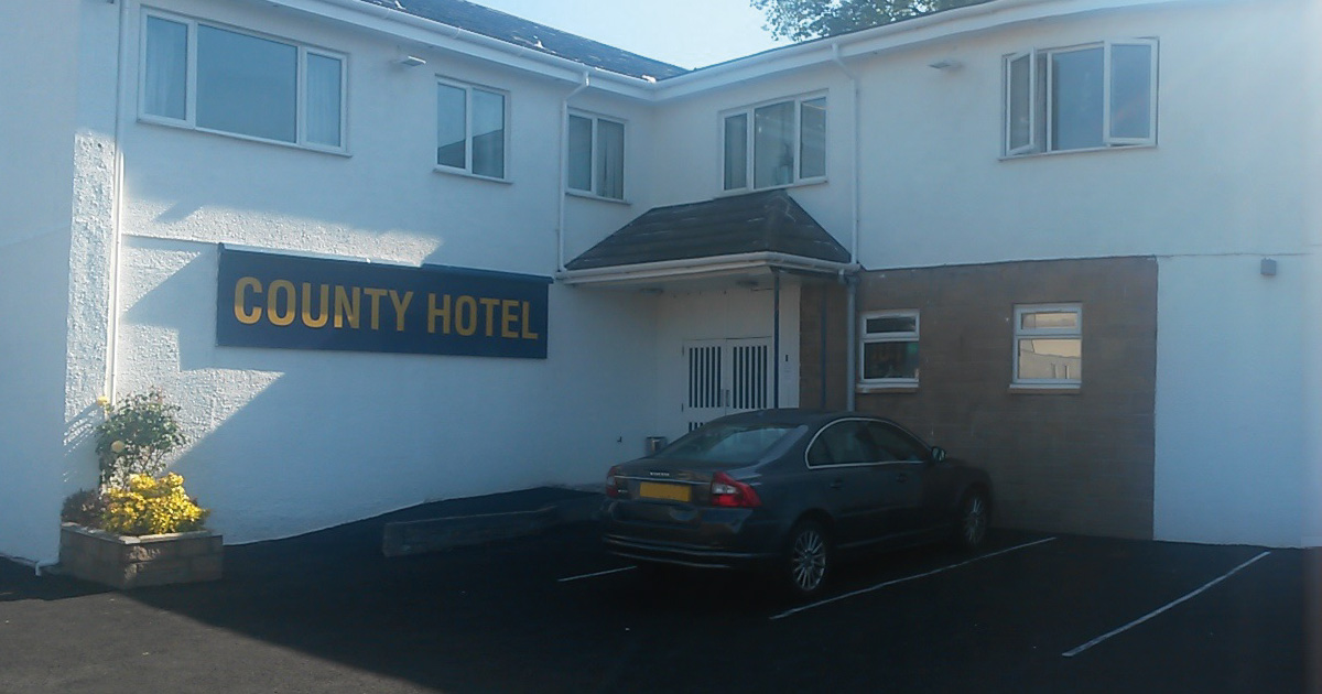 County Hotel Helensburgh outside view